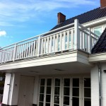Houten balkon hek