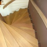 Tweekwart trap op RVS beugels