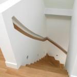 Tweekwart trap met bakleuning